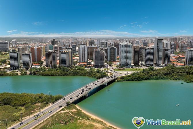 Aracaju-city-brazil.jpg
